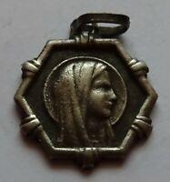 petite médaille  en argent - sainte bernadette de lourdes