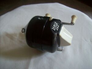 Vintage USA Zebco 202 Black and White Spincast Fishing Reel With Metal Foot