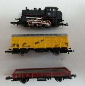 MARKLIN Z SCALE 0-6-0 DB D9 006 with FLAT CAR & COVERED WAGON - FOR REPAIR