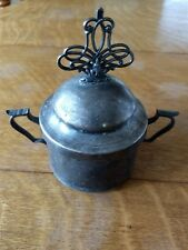 SILVERPLATE SUGAR BOWL/ COLONIAL SILVER CO. 1899-1943 MAINE WITH LID NO. 1683