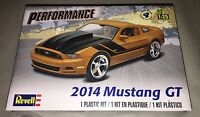 Revell 2014 Ford Mustang GT 1/25 scale model car kit new 4379