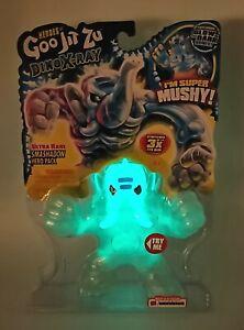 ULTRA RARE Smashadon Glow In The Dark Heroes of Goo Jit Zu Dino X-Ray Chase NEW