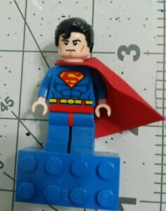 Lego Super Heroes - DC Universe SUPERMAN - Magnet..pre owned