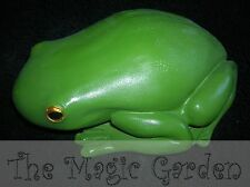 Large green frog garden ornament cement plaster latex moulds molds