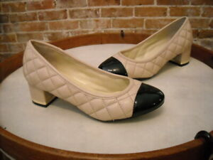 Isaac Mizrahi Kaley Natural Quilted Leather Black Captoe Pumps NEW