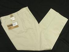 $50 NWT Men Dockers D3 Classic Fit Pleat Refined Khaki Pants Stone 30x32 30 N317