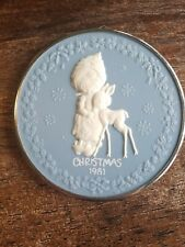 1981 Hallmark Betsey Clark Cameo When Hearts Reach Out
