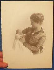 ANTIQUE PHOTO PHOTOGRAPH MOTHER & BABY