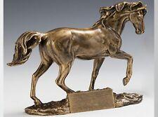 Pokal Figur Pferd Reiten inkl. Wunschgravur 24 x 19  cm