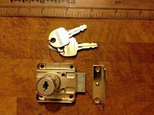 2x H'A'FELE Cabinet Draw Wardrobe Door Locks & 4 Keys 4cm x 4cm x 2cm Lock Depth