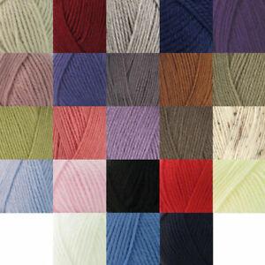 ROBIN CHUNKY KNITTING Wool Yarn - 100g -100% Acrylic -Choice of colours
