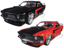 1970 FORD MUSTANG BOSS 429 BLACK & RED SET OF 2 CARS 1/24 DIECAST JADA 90348 SET
