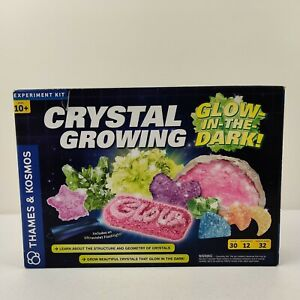 Crystal Growing Glow-in-the-Dark Thames & Kosmos Science Experiment Kit *Read*