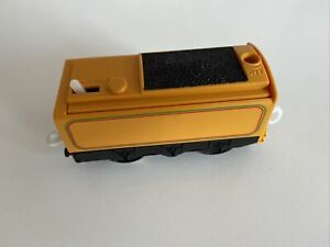 tomy trackmaster thomas the tank engine battery operated Murdochs Tender