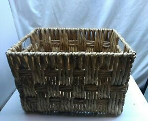 """Water Hyacinth Hand Woven Straw Storage Basket Container Box 16"""" x 12"""" x 11"""""""