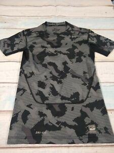 Nike Pro Combat CAMO Compression Shirt Size Medium EUC Dri Fit