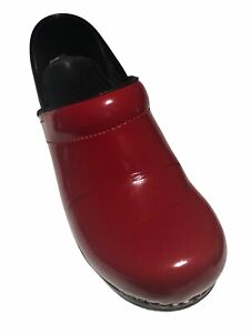 Sanita Women's Danish Red Patent Leather Closed Clogs - Size 38/EU  7.5/US