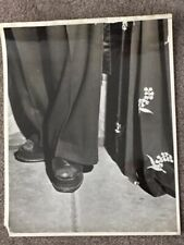 WEEGEE (ARTHUR FELLIG) VINT SILVER GELATIN PHOTO MET OPERA: WORE PLATFORM SANDAL