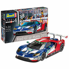 REVELL Ford GT - Le Mans 2017 1:24 Car Model Kit 07041