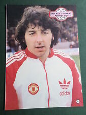 MICKEY THOMAS - MANCHESTER UNITED -1 PAGE PICTURE- CLIPPING/CUTTING