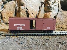 N Scale Micro trains 40' opening door boxcar RUTLAND