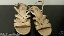 LIFE STRIDE Strappy SANDALS Neutral Tan Beige Womens SIZE 9 M Soft System