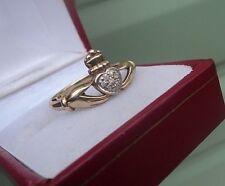 Attractive 9ct Yellow Gold & Diamond Irish Claddagh Ring c.1990s  -  Size S