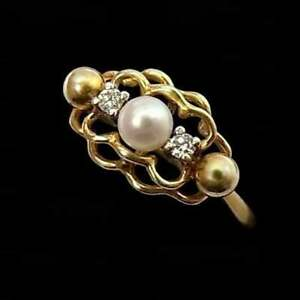 PRETTY VINTAGE 9CT GOLD, CULTURED PEARL & DIAMOND RING
