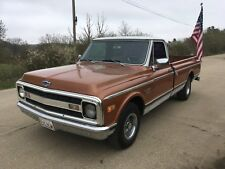CHEVY C10 PICK UP. - FORD F100- P/X HARLEY