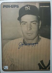 Joe DiMaggio News paper pin-up signed Authenticated COA GV94060 HALL OF FAME!