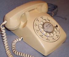 Northern Telecom Canada 500 Vintage 1974 Cream Rotary Dial Desk Phone Telephone
