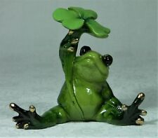 "Frog Figurine Alabastrite FROGPADL ""A"" Using a Clover Leaf as an Umbrella NEW"