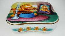 The Danbury Mint Garfield Collection Love Me Tender Porcelain Music Box Cat
