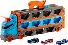 Neu Mattel Hot Wheels 2-in-1 Rennbahn Transporter 17462136