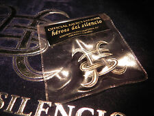 PIN  HEROES DEL SILENCIO RELIEVE / COLOR PLATA  -  MERCHANDISE AVALANCHA  - 1995