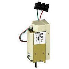Schneider 33663 - déclencheur voltmétrique MX ou XF 277 V CA 50 et 60Hz