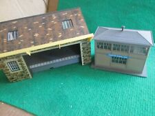 HORNBY GOODS DEPOT & SIGNAL BOX (OO GAUGE) LOT G69