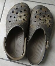 GUC CROCS realtree camouflage Beach V2 clogs, size  M 8,W 10-BROKEN ONE STRAP