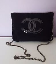 Cosmetic Bag With Chain CHANEL VIP Gift