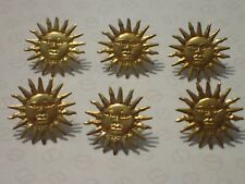 6 x push and bend metal sun face pin badges   (B370)