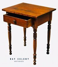 19TH C ANTIQUE SHERATON COUNTRY PRIMITIVE NEW ENGLAND WORK TABLE / NIGHTSTAND