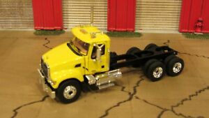 🚧 FIRST GEAR MACK GRANITE HEAVY DUTY SEMI CAB TRUCK& CHASSIS PICK A COLOR! 1:64