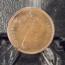 CIRCULATED 1971 2 NEW PENCE UK COIN (101018)1.....FREE DOMESTIC SHIPPING!!!!!