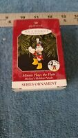 HALLMARK MINNIE MOUSE PLAYS THE FLUTE #2 PARADE SERIES 1998 CHRISTMAS ORNAMENTS