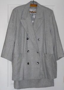 Lady's Double Breast Light Grey Marl Lined Skirt Suit 18 Petite elastic sides