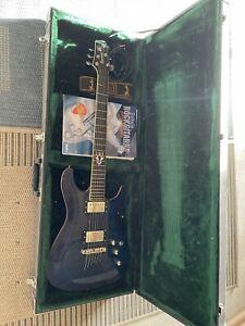 Ibanez E-Gitarre mit Koffer und Gurt
