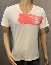 Lululemon Men's V Neck T Shirt. M.