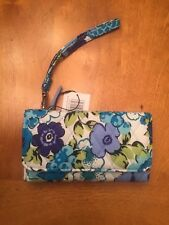 Vera Bradley Smartphone Wrisylet For Iphone 6 Blueberry Blooms NWT Free Shipping
