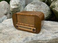 Old Antique Vintage Wood Case Tube Radio Mid Century Art Deco Table Top Decor