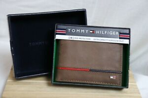 Tommy Hilfiger Men's Extra Capacity Slimfold and Valet RFID Leather Traveler Wal
